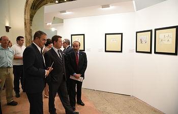 El presidente de Castilla-La Mancha, Emiliano García-Page, inaugura la exposición 'Salvador Dalí y Don Quijote'. Foto: JCCM.