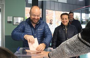 Alejandro Ruiz votando 10N
