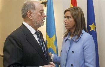 La ministra de Sanidad, Ana Mato, ha presidido la toma de posesión Gabino de Lorenzo como delegado del Gobierno en Asturias.. Foto: EFE.