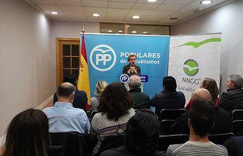 Carmen Quintanilla en la sede del PP Socuéllamos.
