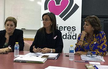 De izquierda a derecha: Ana Andrés, vicepresidenta; Carmen Fúnez, secretaria general de Mujeres en Igualdad; y Mª Carmen Martín, presidenta de Mujeres en Igualdad Albacete.