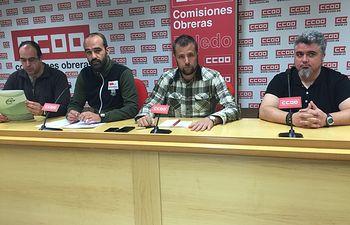 Foto: Daniel Cánovas (CSIF); Gustavo Fabra (STAS); Ramón González (CCOO) y Rubén Fco. Paz (UGT)