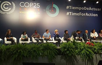 Debate Children and Youth vs Climate Change, organizado por UNICEF. Foto: Twitter Isabel Celaá @CelaaIsabel