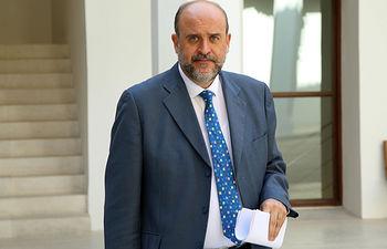 El vicepresidente primero del Gobierno regional, José Luis Martínez Guijarro, en el Palacio de Fuensalida, donde ha presidido la reunión del Comité de Planificación, Coordinación y Seguimiento de la Inversión Territorial Integrada (ITI). (Foto: Álvaro Ruiz // JCCM)
