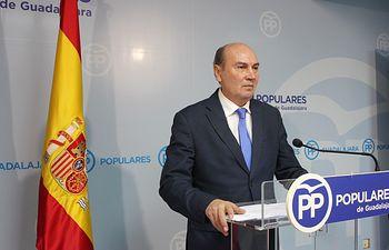 Jose Manuel Latre.