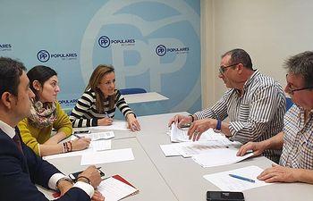Navarro destaca el trabajo del PP de C-LM contra la despoblación a través de reuniones con colectivos del mundo rural.