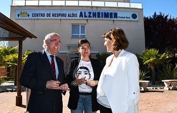 Blanca Fernández visita el Centro de Respiro Alois.