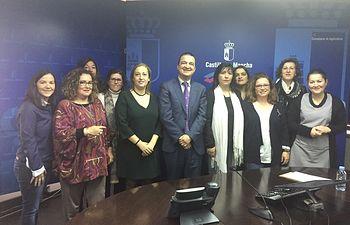 FADEMUR Castilla-La Mancha se ha reunido con el consejero de Agricultura, Francisco Martínez Arroyo, y con la Directora General de Agricultura y Ganadería, Cruz Ponce
