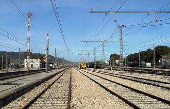 Vías de tren. Foto de Archivo.