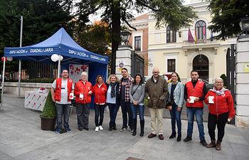 Día Banderita, apoyo a Cruz Roja.
