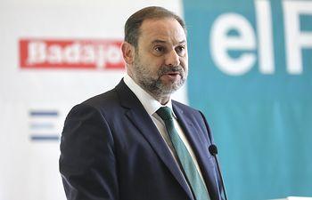 José Luis Ábalos, ministro de Fomento en funciones . Foto: Inma Mesa Cabello