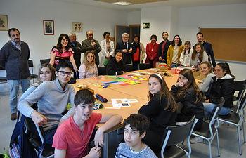El consejero de Educación, Cultura y Deportes, Ángel Felpeto, visita el IES 'Peñalba' de Chiloeches.