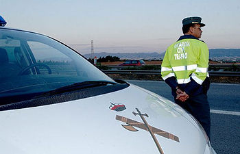 Control de la Guardia Civil de Tráfico.