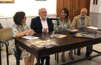 """Inauguración de la exposición fotográfica """"Pedro Román y Alcaraz con vistas al tiempo"""" en el Archivo Histórico provincial de Albacete."""