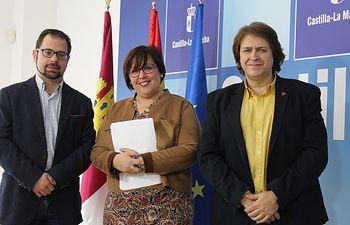 Gonzalo Redondo, Carmen Olmedo y Agustin Espinosa.