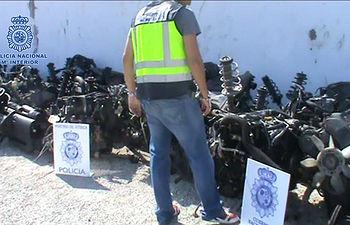 La Policía Nacional desarticula un grupo que robaba y desguazaba vehículos para sacarlos por piezas de España. Foto: Ministerio del Interior