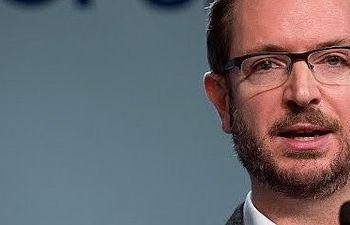 Maroto: Frente al no del PSOE a sentarse y respetar el resultado del 20D, está el sí del PP