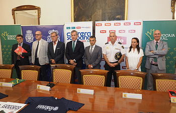 Presentación de la 'Carrera Solidaria Fundación Eurocaja Rural, Grupo Tello Alimentación y CNP Albacete'. Foto: La Cerca - Manuel Lozano Garcia