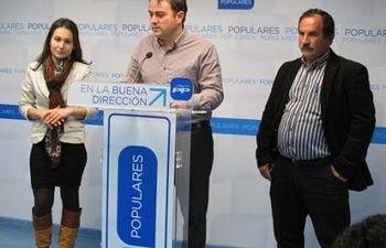 María José Guzmán, Manuel Torres y Juan José Gómez
