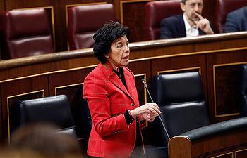 GRAF1120. MADRID, 21/02/2019.- La ministra de Educación, Isabel Celaá, durante su intervención en el pleno del Congreso, que debate la Ley de Propiedad Intelectual, en su último trámite parlamentario que incorpora las enmiendas del Senado.-EFE/Zipi