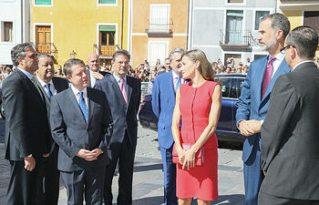 El presidente de Castilla-La Mancha, Emiliano García-Page, asiste, en la Catedral de Cuenca, al acto de entrega de los Premios Nacionales de Cultura 2016, que estará presidido por SS.MM. los Reyes de España. (Fotos: Ignacio López//JCCM)