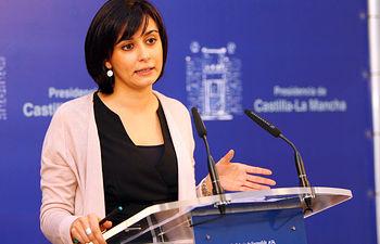 La portavoz del Gobierno regional, Isabel Rodríguez, informa en rueda de prensa, sobre los acuerdos adoptados en la reunión del Consejo de Gobierno.