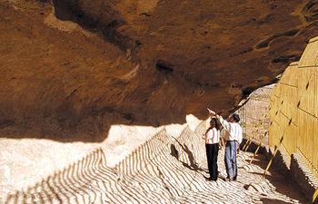Vista interior de la cueva del Abrigo Grande de Minateda.