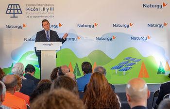 Porzuna (Ciudad Real) 25 de septiembre 2019.- El presidente de Castilla-La Mancha, Emiliano García-Page, visita la planta de energía solar fotovoltaica, Picón I, II y III. (Fotos: A. Pérez Herrera / JCCM).