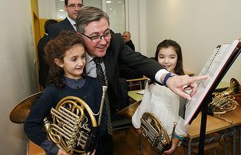Marín visita la Escuela Municipal de Música y Danza3. Foto: JCCM.