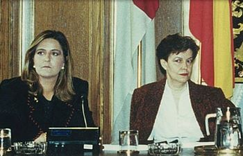 Marta Segarra y Mari Luz Rokiski.