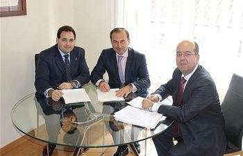 Diputación de Albacete y Cámara firman la escritura de compraventa del chalet Fontecha, que albergará el Museo de Arte Realista