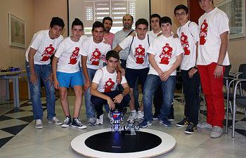 Ganadores de la categoría de humanoides en el Campus de Toledo.