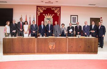 El Duque de Linares, Presidente de la Real Comisión para España, visita institucionalmente la sección de la Orden en Albacete.