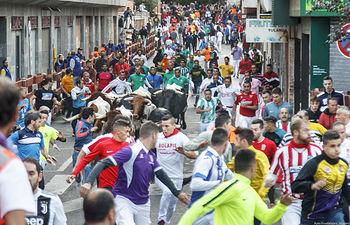 Ferias y Fiestas 2019, tercer encierro de toros. Foto: ©JRopero