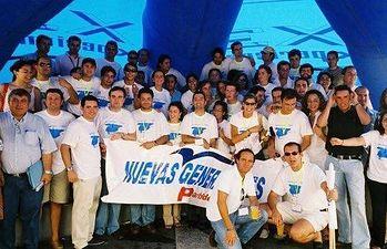 Foto del 2003 donde Sánchez López recorrió con otros compañeros de NNGG Albacete, Castellón, Valencia, Alicante, Murcia y Almería.