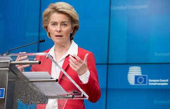 La presidenta de la Comisión Europea, Ursula von der Leyen, durante una rueda de prensa - Etienne Ansotte/European Commiss / DPA