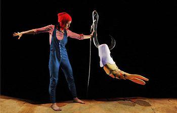 Teatro infantil dirigido a alumnos de Centros Rurales Agrupados, en el Teatro de la Paz, este martes, con la obra 'La Maquiné'