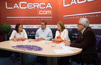 De izquierda a derecha: Juana García Sánchez, directora gerente de Quesos y Bodega Cerrón, en Fuente-Álamo; José Yeste Molina, director gerente de Ecocampo, en Albacete; Susana Blázquez Cobos, directora gerente de El Kirinal Ecológico, en El Villarejo de Ayna; y Manuel Lozano, director del Grupo Multimedia de Comunicación La Cerca.