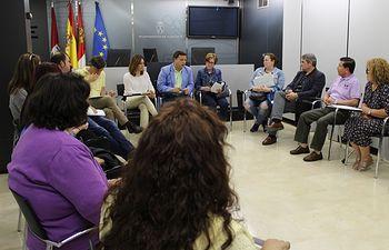 Reunión representantes afectados cierre clínica Idental. 13-6-18
