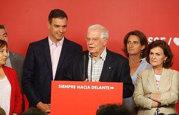 Josep Borrell y Pedro Sánchez