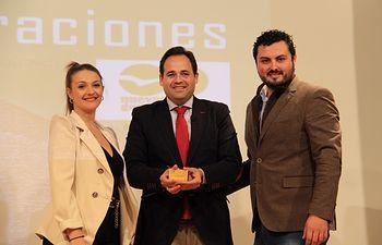 Paco Núñez participa en la VI Gala Generaciones de NNGG de Tomelloso.