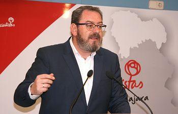 Eusebio Robles.