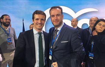 Antonio Martínez Iniesta con Pablo Casado, presidente del PP.