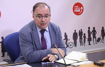 Fernando Mora, presidente del Grupo Parlamentario Socialista en las Cortes de Castilla-La Mancha.