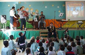"""""""Música para interactuar"""". Proyecto para colegios de la Asociación sin ánimo de lucro Alhambra Albacete"""