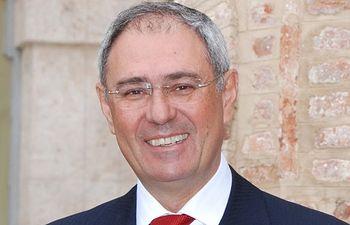 Ernesto Martínez Ataz, rector de la UCLM