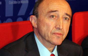 El consejero de Salud y Bienestar Social, Fernando Lamata, en una imagen de archivo