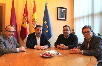 Reunión con el presidente del Real e Ilustre Esclavitud de Nuestro Padre Jesús Nazareno de Medinaceli.