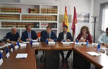 El consejero de Fomento, Nacho Hernando, ha presidido la Comisión de Ordenación del Territorio y Urbanismo de Cuenca