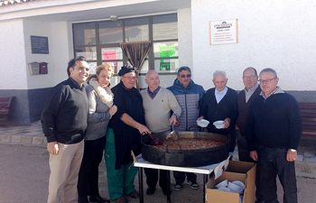 Llanos Navarro participa en los actos organizados en las pedanías albaceteñas de Abuzaderas y Cerrolobo con motivo de sus fiestas patronales en honor a San Blas